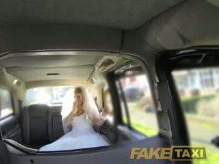Fake taxi runaway ब्राइड needs बड़ा कॉक