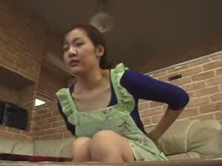 Nhật bản lonely mẹ masturbate trong livingroom video