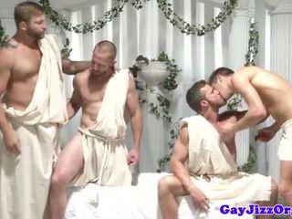 Homosexual grup orgie dudes labareala de pe la același timp