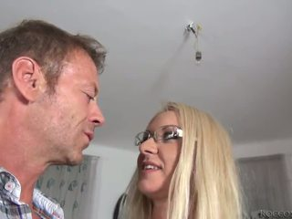 Rocco siffredi destroys dora o pipe și lui mighty pocket rocket