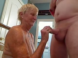 कमशॉट्स, बड़े स्तन, grannies