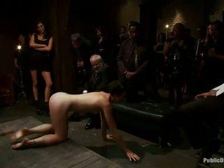 excêntrico, torção, humilhação