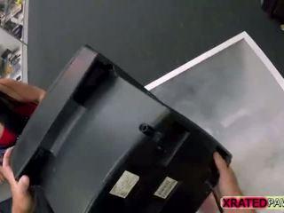 দুধাল মহিলা ছিমছাম কিউবান gets pounded কঠিন চুদা pawn দোকান অফিস শৈলী