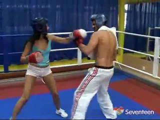 الاباحية داخل ال الملاكمة ring