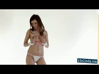 striptiis, brunettes