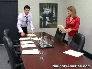 कट्टर सेक्स, कार्यालय सेक्स, सचिव