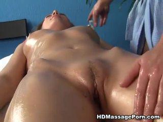 בלונדינית שועלה enjoys סקסי מסג' session