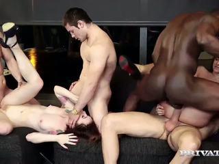 射精, 集団セックス