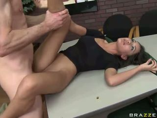 Besar seks dengan panas perempuan tak senonoh