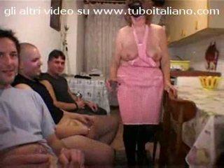 Italiane shtëpiake la casalingua