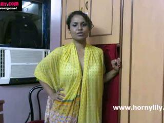 ইন্ডিয়ান তরুণী lily chatting সঙ্গে তার fans - mysexylily.com