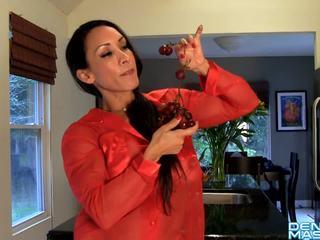 Denise Masino - Denise's Food Porn - Female Bodybuilder