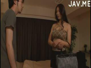 brunetta, giapponese, grandi tette