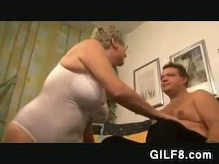 欧州の おばあちゃん wants a コック