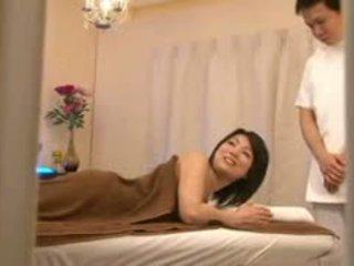 Bridal salon massaggio spycam