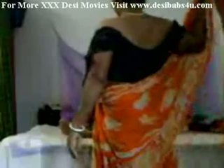 Индийски село aunty чукане с nieghbour peon