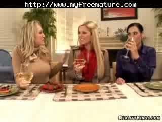 Veronica rayne, alana evans, и ashryan възрастни възрастни порно бабичка стар cumshots празнене