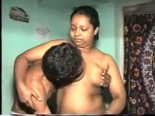 Desi aunty ファック: フリー インディアン ポルノの ビデオ 7b