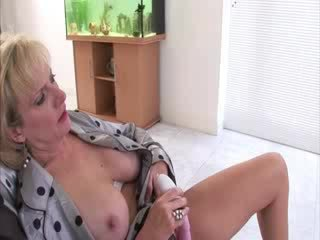 Iň beti bigtits fun, gyzykly british, shoes any