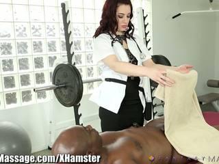 Masseuse takes vantaggio di clients grande cazzo: gratis porno 43
