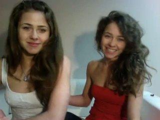 cycki, brunetka, teenies