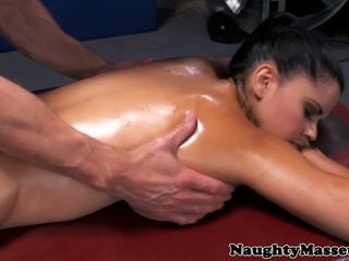 Urut babe diamond kitty assfucked, hd lucah 3d