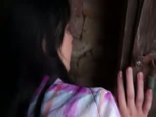 Innocent modell gets hardt puling i gammel cellar
