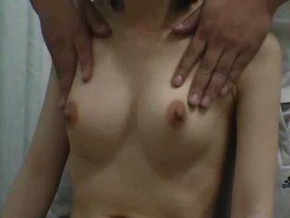 في سن المراهقة climax مع ل breast تدليك