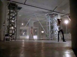 Angelina jolie 에 처음으로 섹스 장면