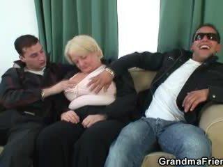In trei orgie cu beat bunicuta