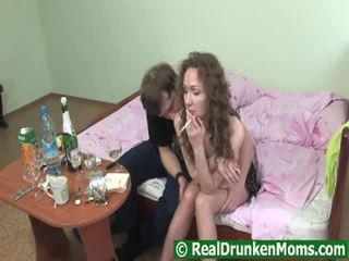 粗毛 drunken 奶奶 getting pumped raw