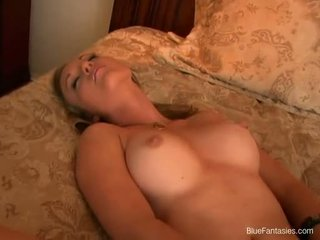Free Movies Girl Playing Her Titts