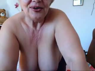 big boobs, omes, nobriešana
