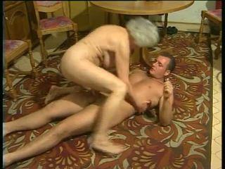 Sexy mit rallig omas video