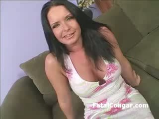 brunette, bigtits, strip-tease