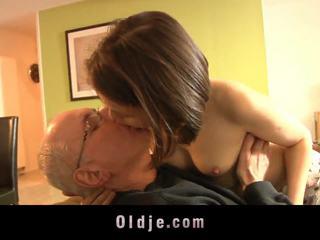 підлітковий вік, поцілунки, дітки