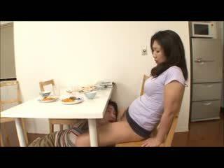 Jepang step mom with no panty