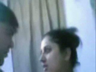 Индийски възрастни двойка чукане много трудно в баня