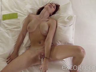 Nagy cinege anyatej vöröshajú orgasmic porn debut