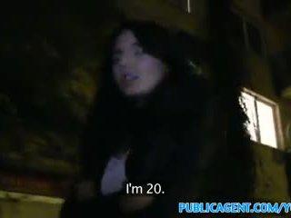 PublicAgent Czech girl loves sex in th...