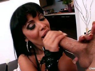 Livegonzo sienna west barmfager anal orgasme