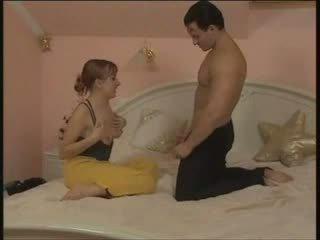 赤毛 トルコ語 雌犬 ファック で 彼女の ブラウン mosque (teen セクシー 若い )