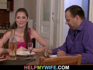 Дебели съпруг pays на пица guy tot майната негов съпруга