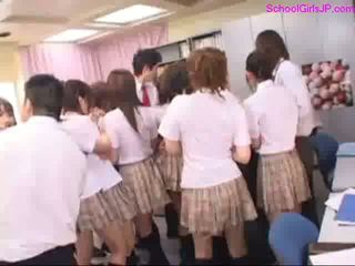 Schoolgirls Sucking Cocks Licked Fingered By Schoolguys And Teachers In The Office