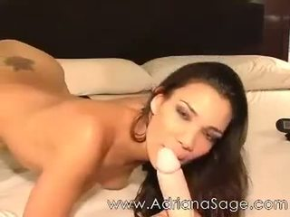 Adriana sage वेबकॅम द्वारा jaminel