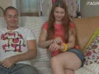 Italian mama și fiu sperma în tâmpit
