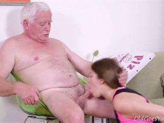 性交性愛, 青少年, 第一次