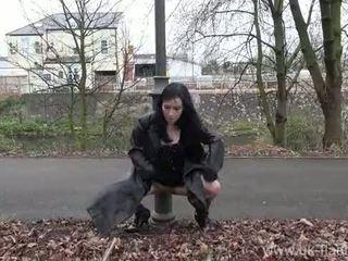 Fae corbins アマチュア flashing と アウトドア 女の子 公共 nudity と outragious exhi