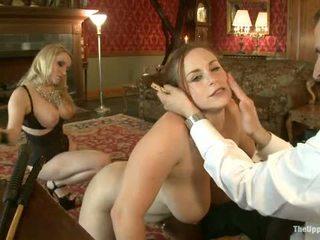Guest любовница aiden starr comes към на upper етаж към играя с къща slaves