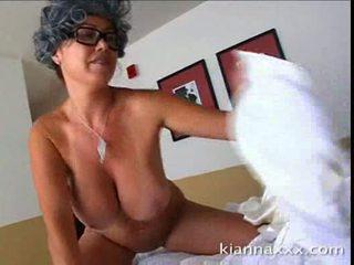 Nasty stepmom titfuck kianna dior